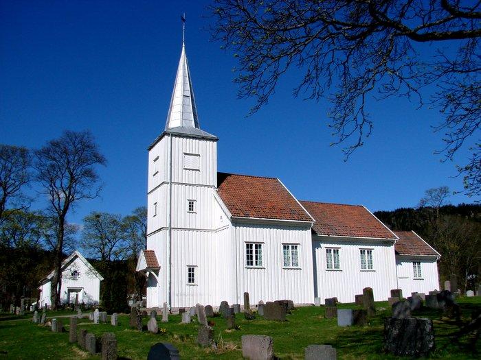 hakadal kirke 2